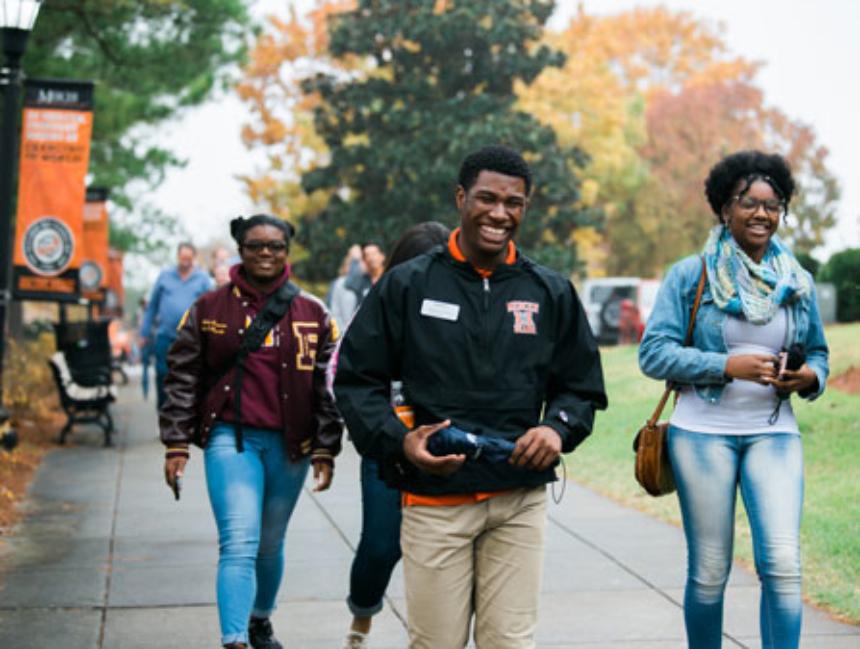 Mercer student tour